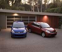 2011 Nissan versa sedan and hatch back side views